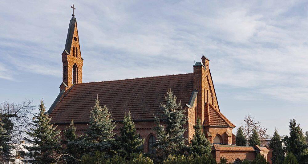 Parafia rzymskokatolicka pw. Najświętszej Maryi Panny Królowej Korony Polskiej w Zakrzewie, Archidiecezja Poznańska